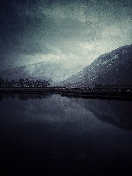 the-tree-mag_iphoneonly-Etive-by-Julian-Calverley_160.jpg