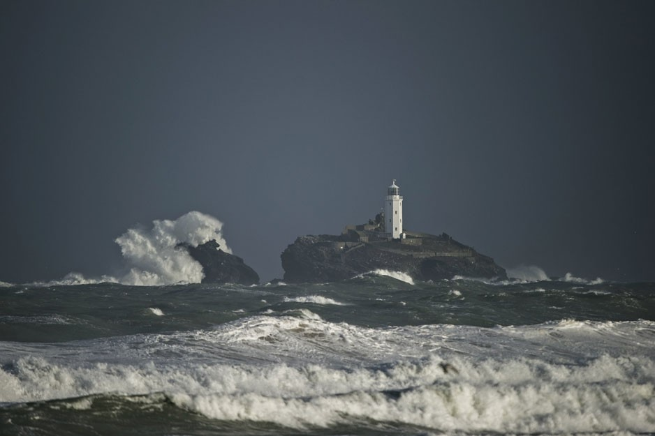 the-tree-mag_red-bull-storm-chase-20132014-mission-3-cornwall_50.jpg