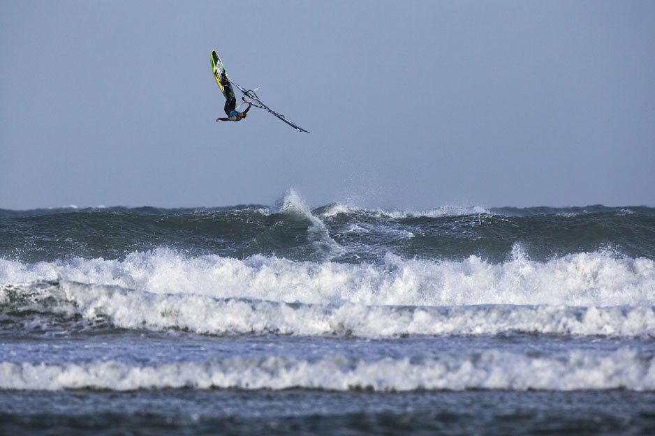 the-tree-mag_red-bull-storm-chase-20132014-mission-3-cornwall_60.jpg