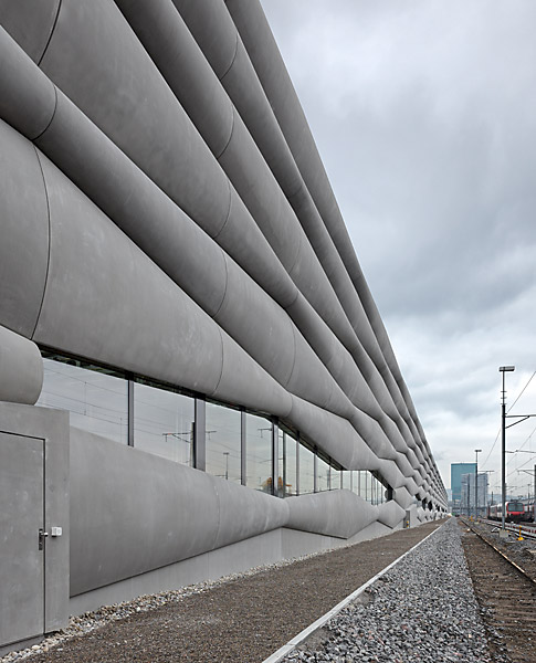the-tree-mag_extension-railway-service-facility-by-em2n_80.jpg