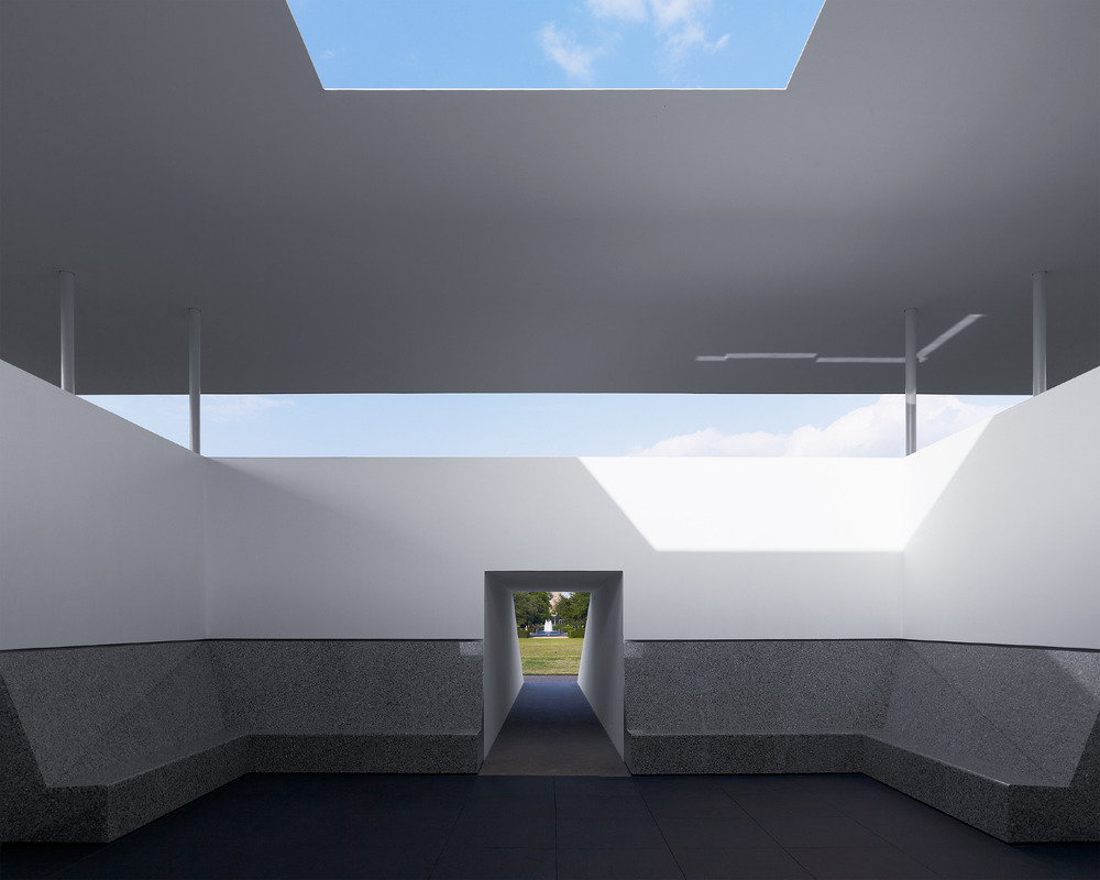 the-tree-mag_skyspace-rice-university-by-james-turrell_40.jpg