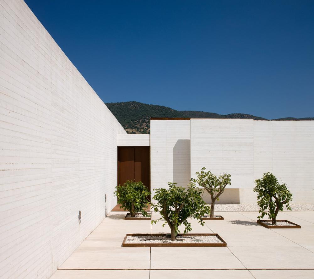 the-tree-mag_madinat-al-zahara-museum-by-nieto-sobejano-arquitectos_10.jpg