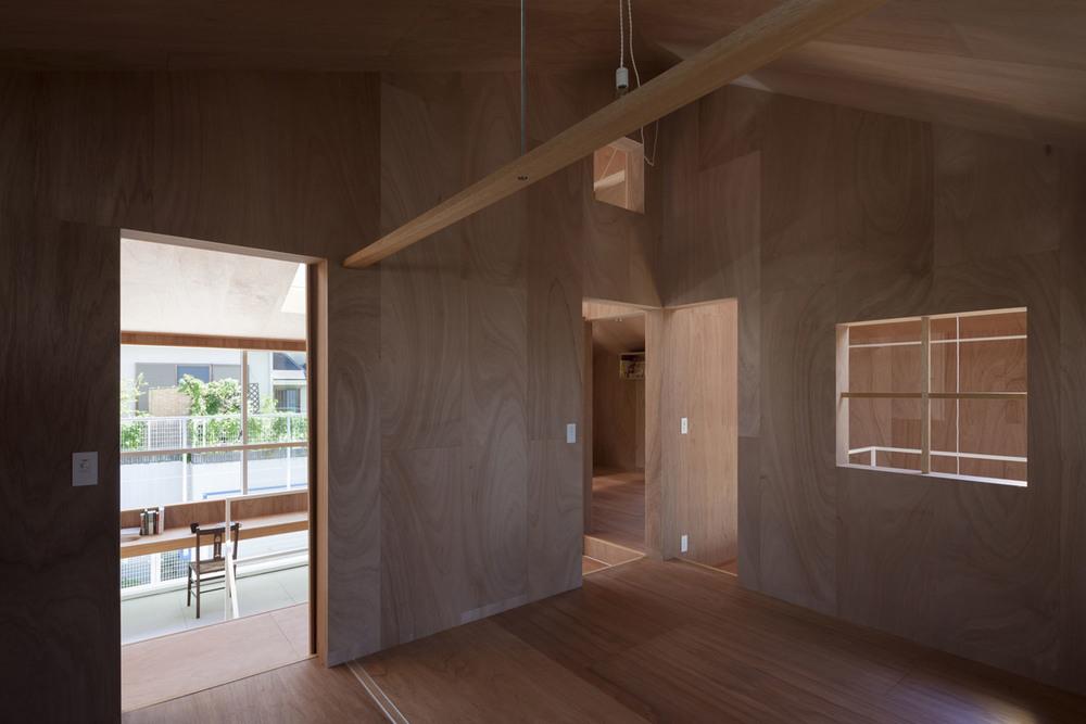 the-tree-mag_house-in-kawanishi-by-tato-architects_40s.jpg