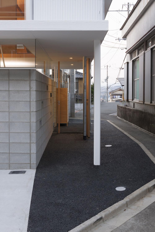 the-tree-mag_house-in-kawanishi-by-tato-architects_90s.jpg