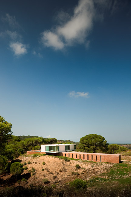 the-tree-mag_house-in-melides-by-pedro-reis_20.jpg