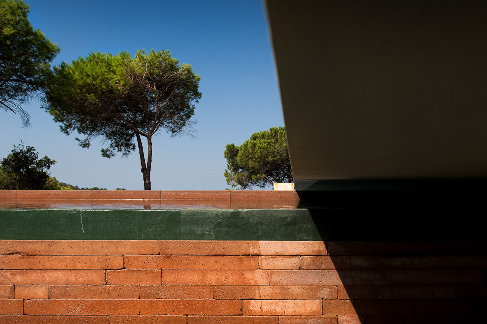 the-tree-mag_house-in-melides-by-pedro-reis_60.jpg