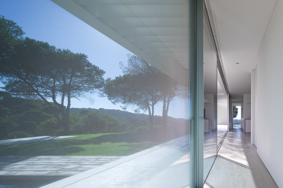 the-tree-mag_house-in-melides-by-pedro-reis_70.jpg