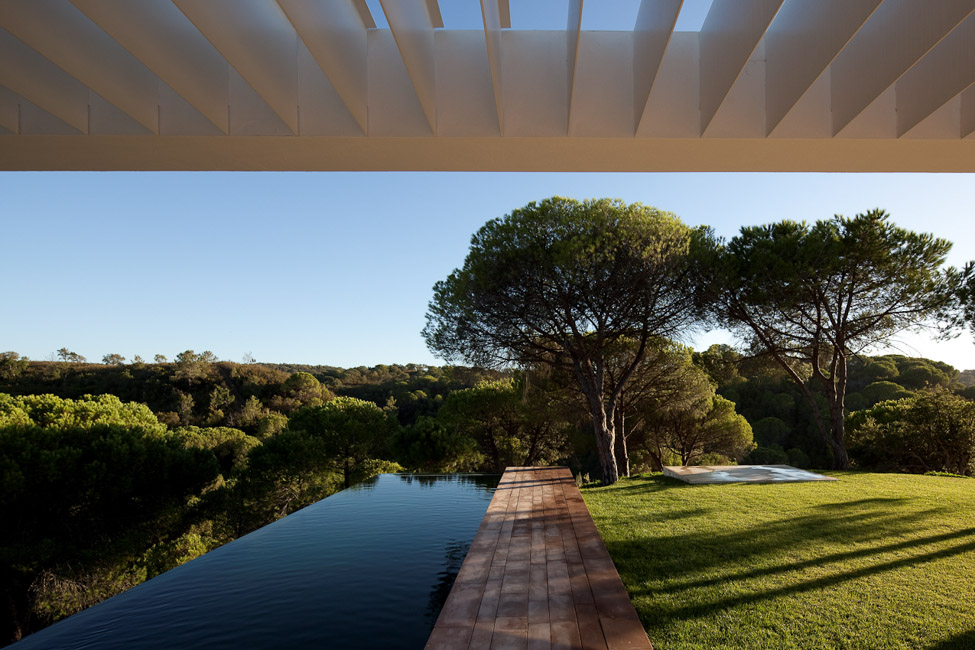 the-tree-mag_house-in-melides-by-pedro-reis_80.jpg