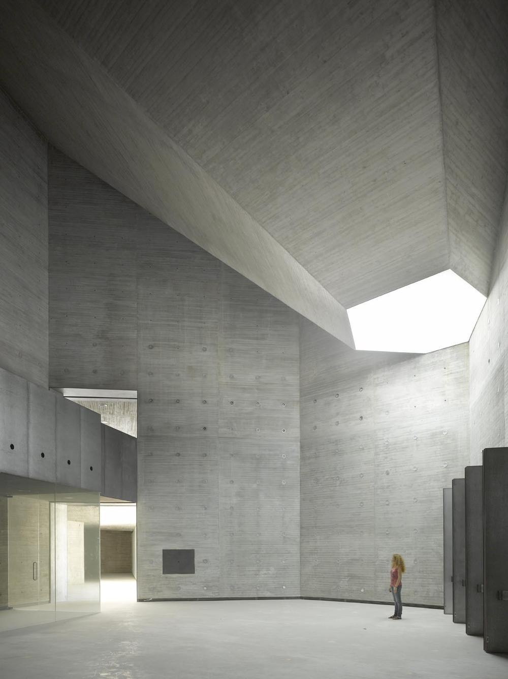 the-tree-mag_contemporary-arts-center-crdoba-by-nieto-sobejano-arquitectos_20.jpg
