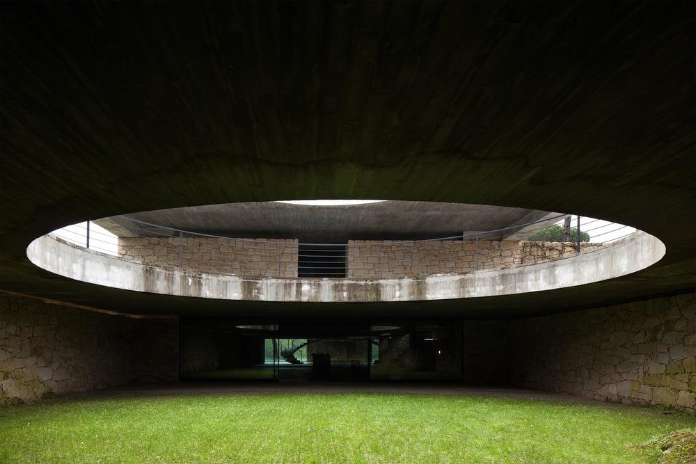 the-tree-mag_two-houses-in-mono-by-joo-paulo-loureiro_40.jpg