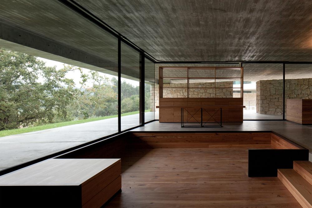 the-tree-mag_two-houses-in-mono-by-joo-paulo-loureiro_180.jpg