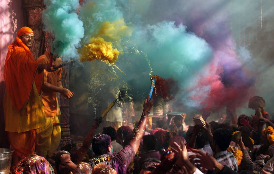 the-tree-mag_holi-festival_120.jpg