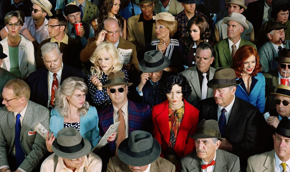 the-tree-mag_face-in-the-crowd-by-alex-prager_10.jpg