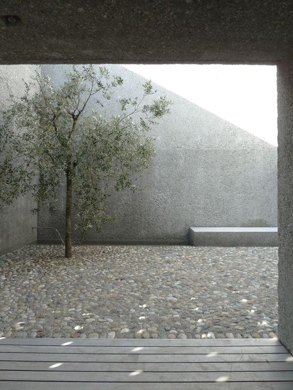 the-tree-mag_casa-ri-by-wespi-de-meuron-romeo_70.jpg