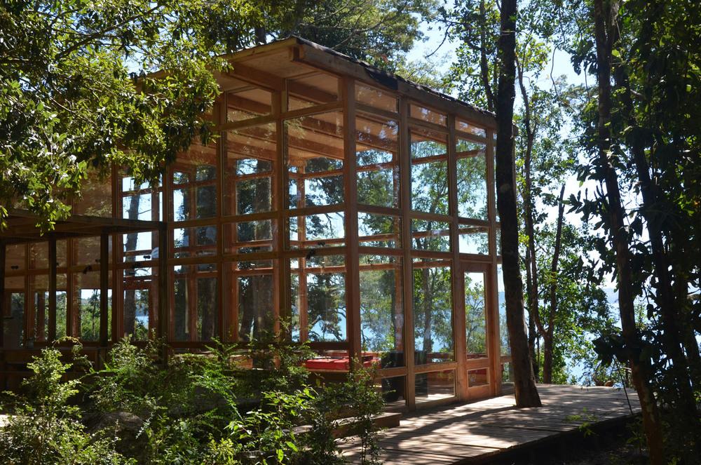 the-tree-mag_house-at-rupanco-lake-by-squella-arquitectos_100s.jpg