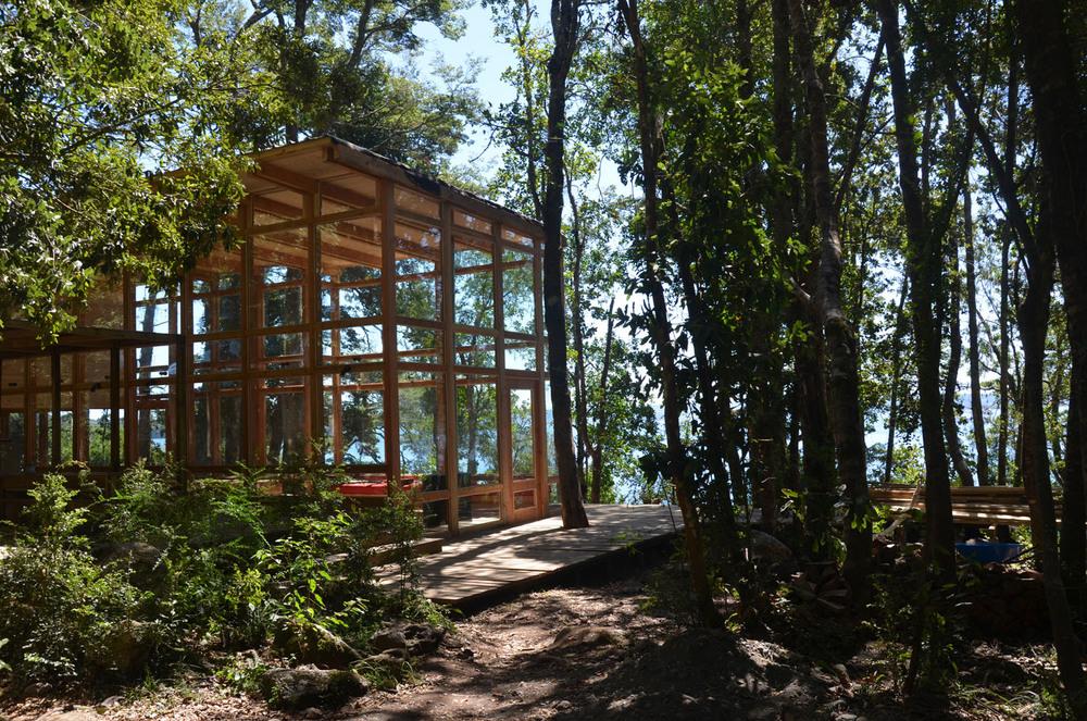 the-tree-mag_house-at-rupanco-lake-by-squella-arquitectos_10s.jpg