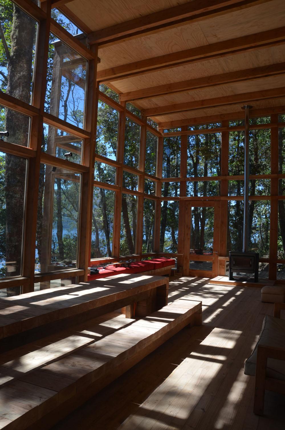 the-tree-mag_house-at-rupanco-lake-by-squella-arquitectos_30s.jpg