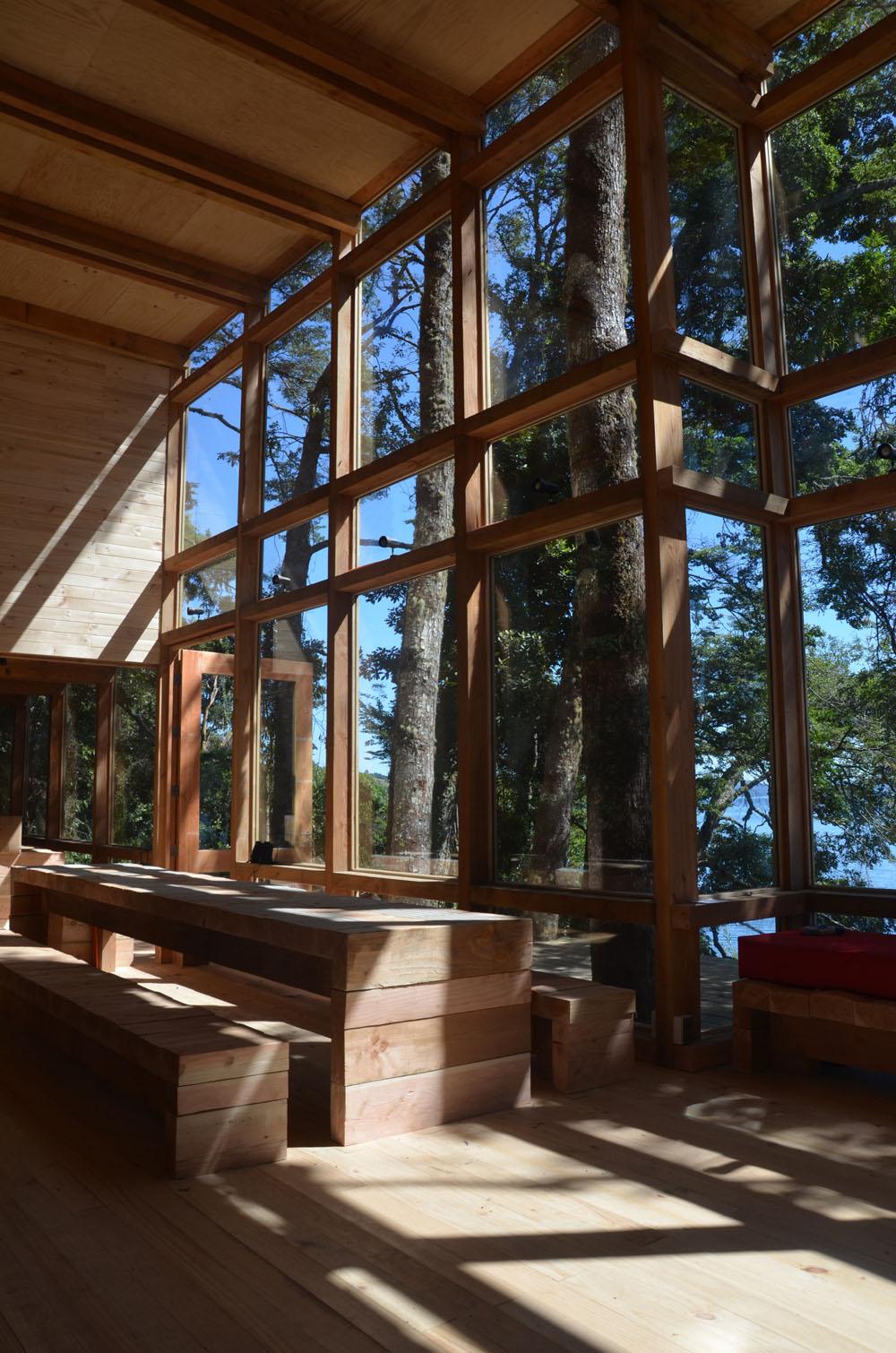 the-tree-mag_house-at-rupanco-lake-by-squella-arquitectos_40s.jpg