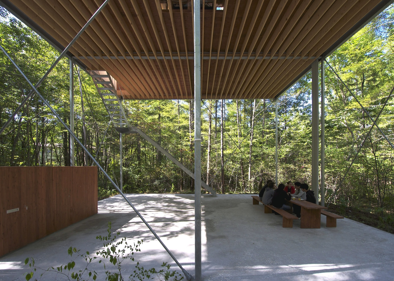 the-tree-mag_house-in-a-forest-by-go-hasegawa_10.jpg