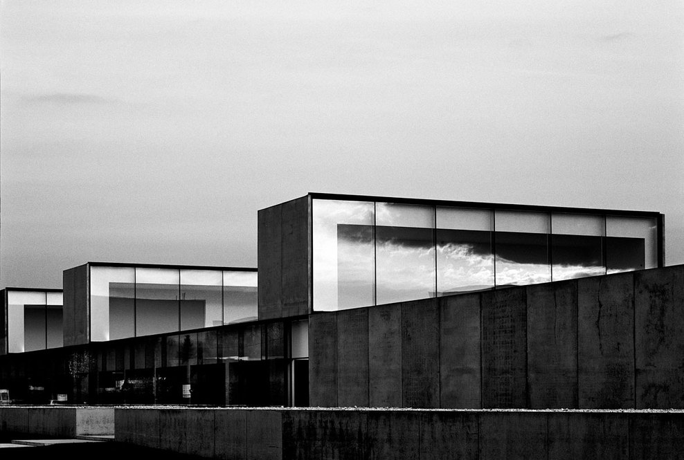 the-tree-mag_office-building-at-waregem-by-vincent-van-duysen_10.jpg