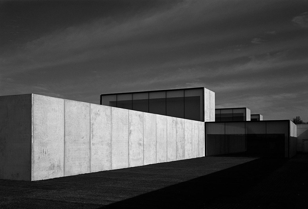 the-tree-mag_office-building-at-waregem-by-vincent-van-duysen_20.jpg