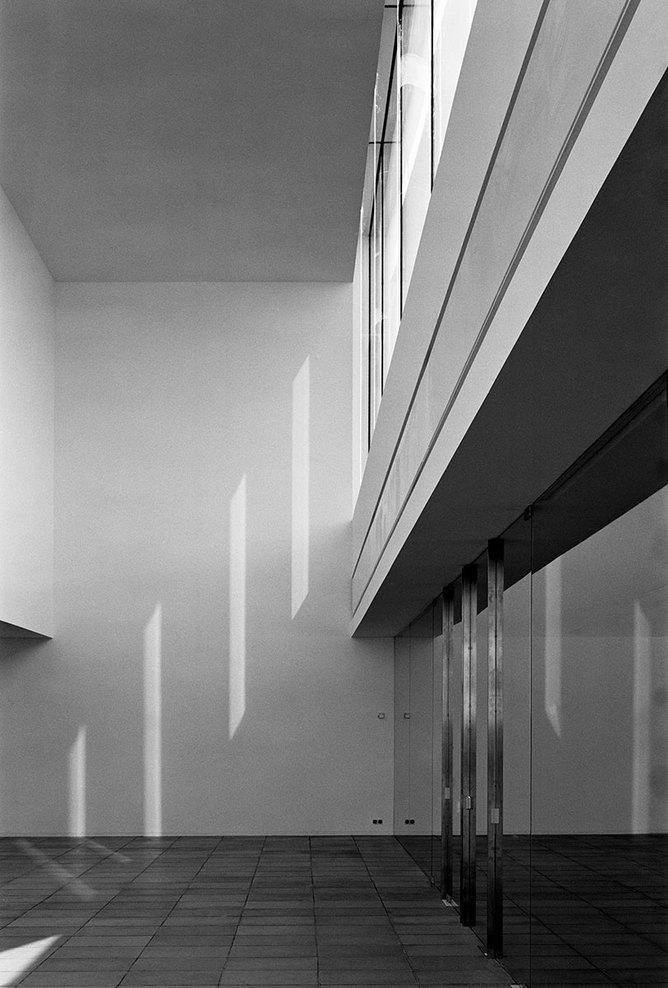 the-tree-mag_office-building-at-waregem-by-vincent-van-duysen_90.jpg