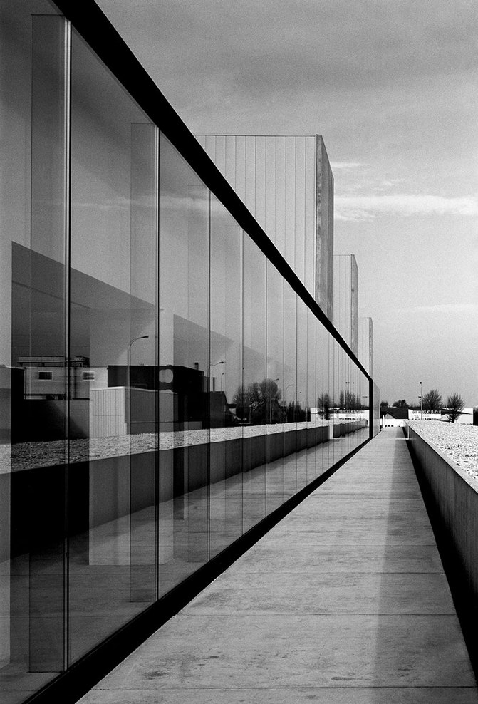 the-tree-mag_office-building-at-waregem-by-vincent-van-duysen_120.jpg