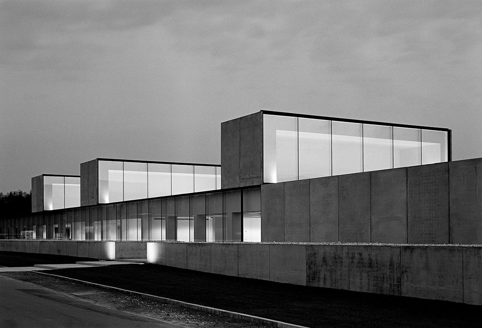 the-tree-mag_office-building-at-waregem-by-vincent-van-duysen_150.jpg