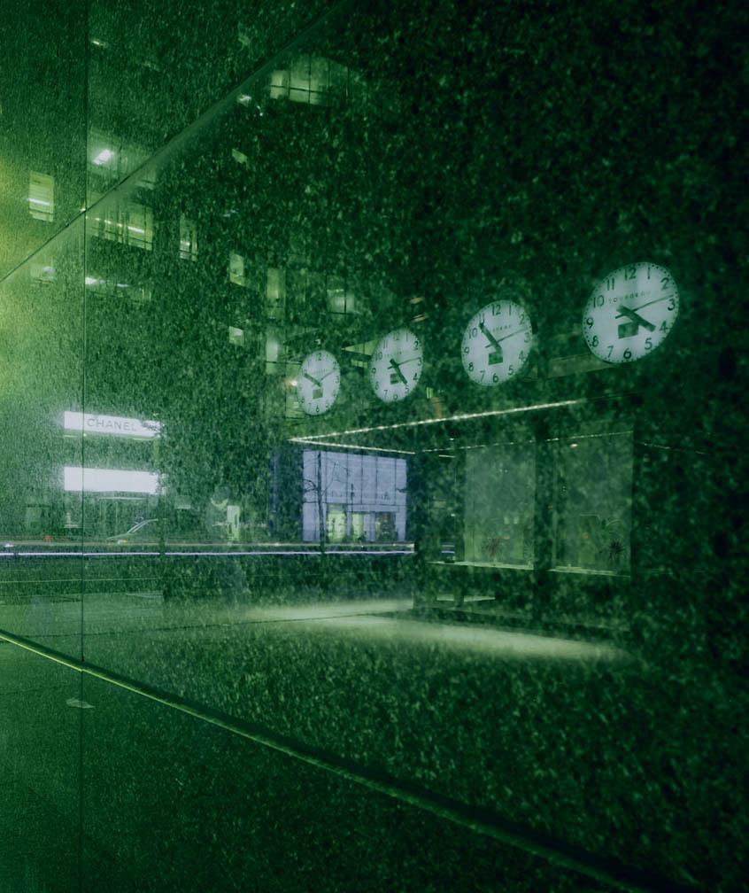 the-tree-mag_urban-luminosity by Michael Eastman_120.jpg