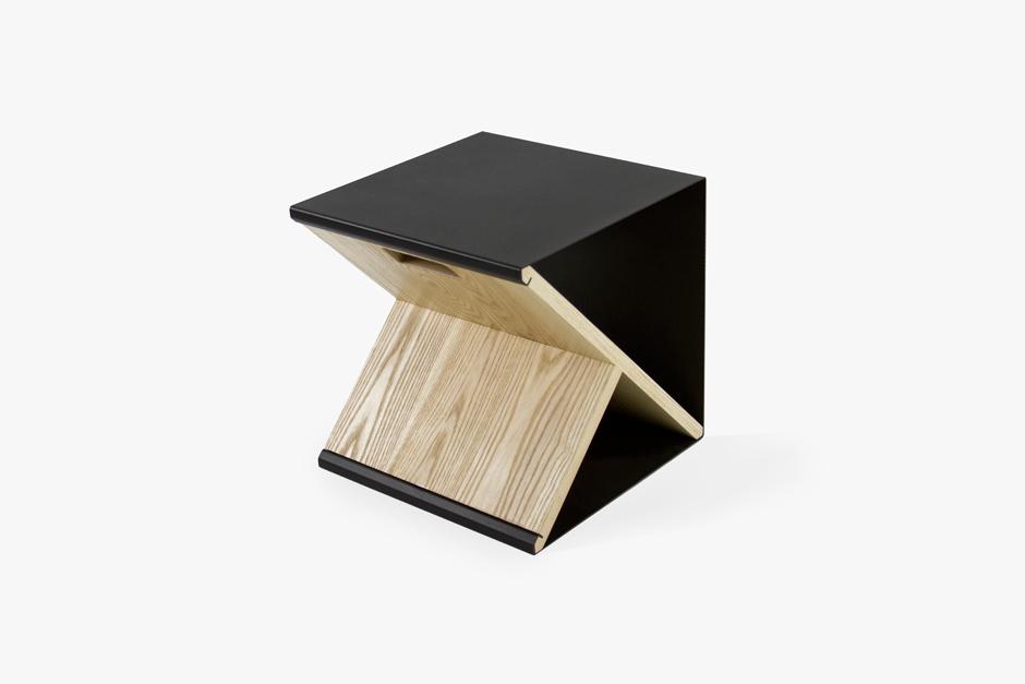 the-tree-mag_steel-stool-by-noon-studio_20.jpg
