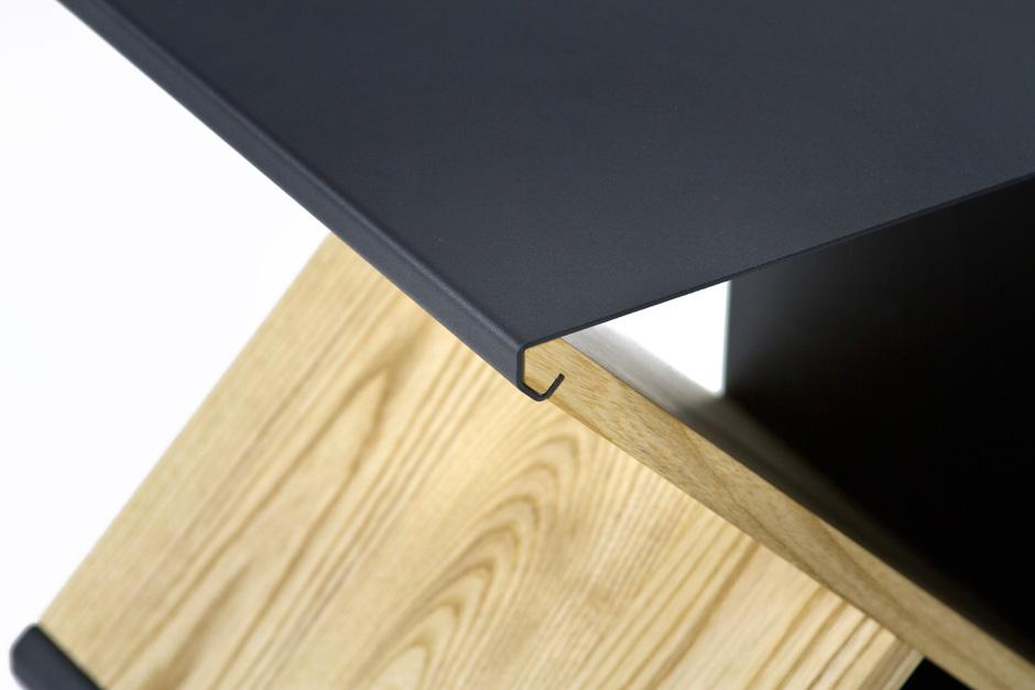 the-tree-mag_steel-stool-by-noon-studio_50.jpg