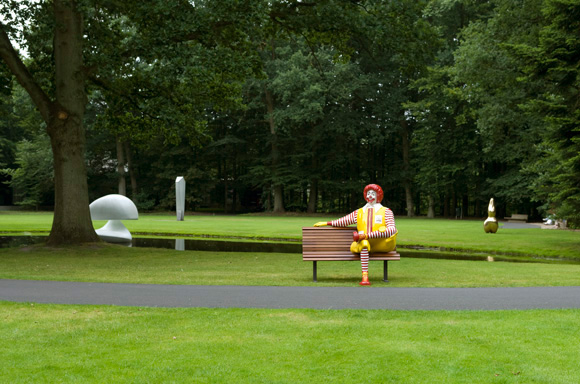 Title: Ronald McDonald at the Kröller-Müller Museum   Year: 2008   Photos by Lotte Stekelenburg