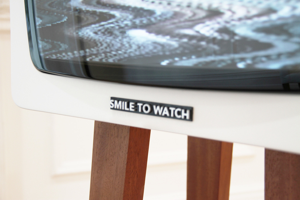 the-tree-mag_smile-tv-by-david-hedberg_30.jpg