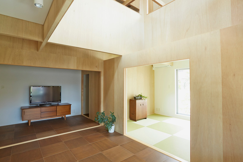 hiroyuki-shinozaki-house-S-for-a-family-designboom-04.jpg