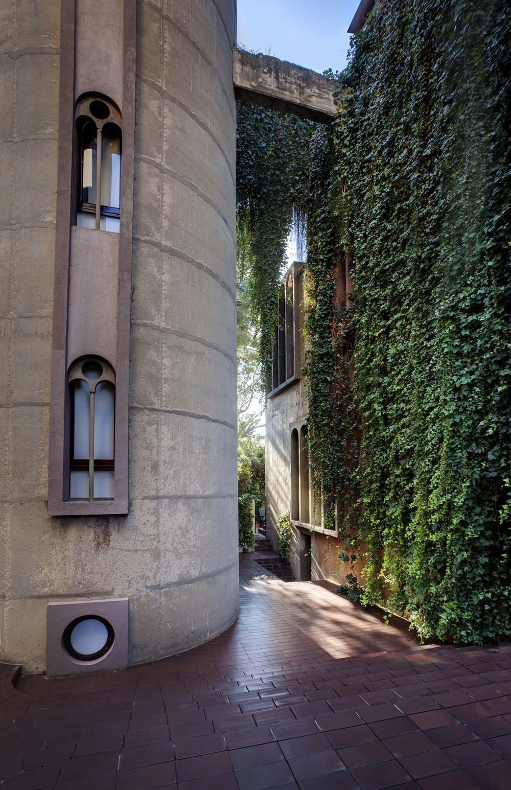 the-tree-mag_the-factory-by-ricardo-bofill_70.jpg