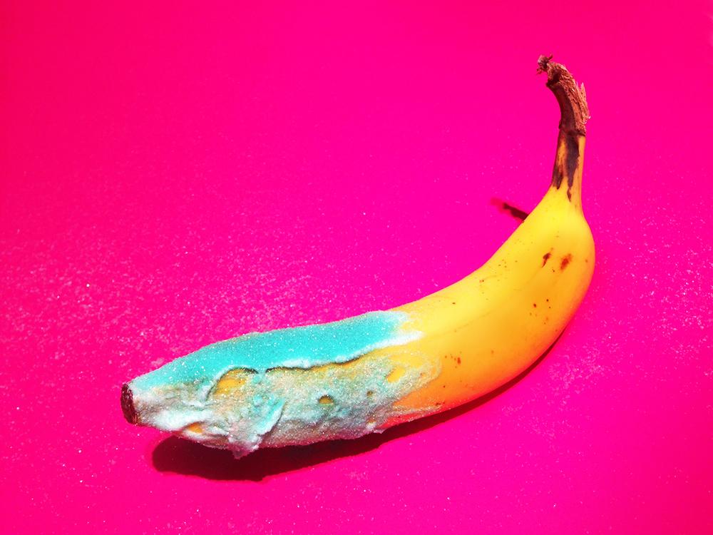 the-tree-mag_banana-graffiti-by-marta-grossi_60.jpeg
