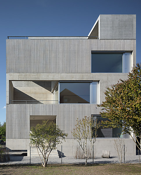 the-tree-mag_multi-family-house-by-wild-br-heule_50.jpg