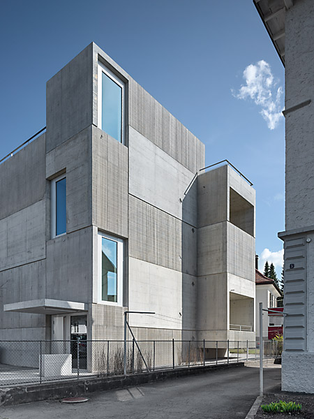 the-tree-mag_multi-family-house-by-wild-br-heule_70.jpg