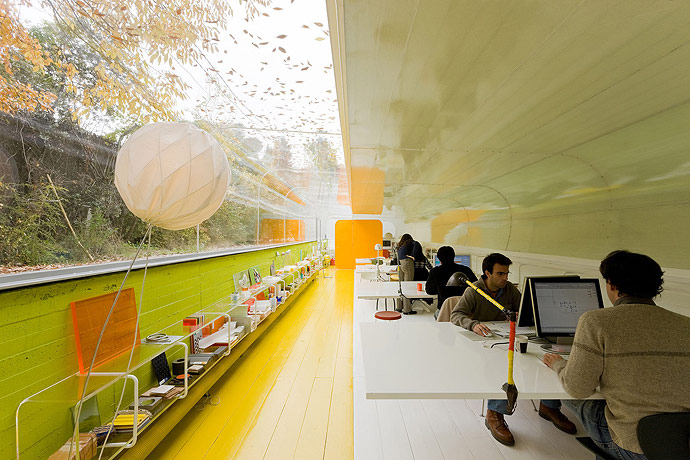the-tree-mag_architects-offices-by-selgas-cano_80.jpg