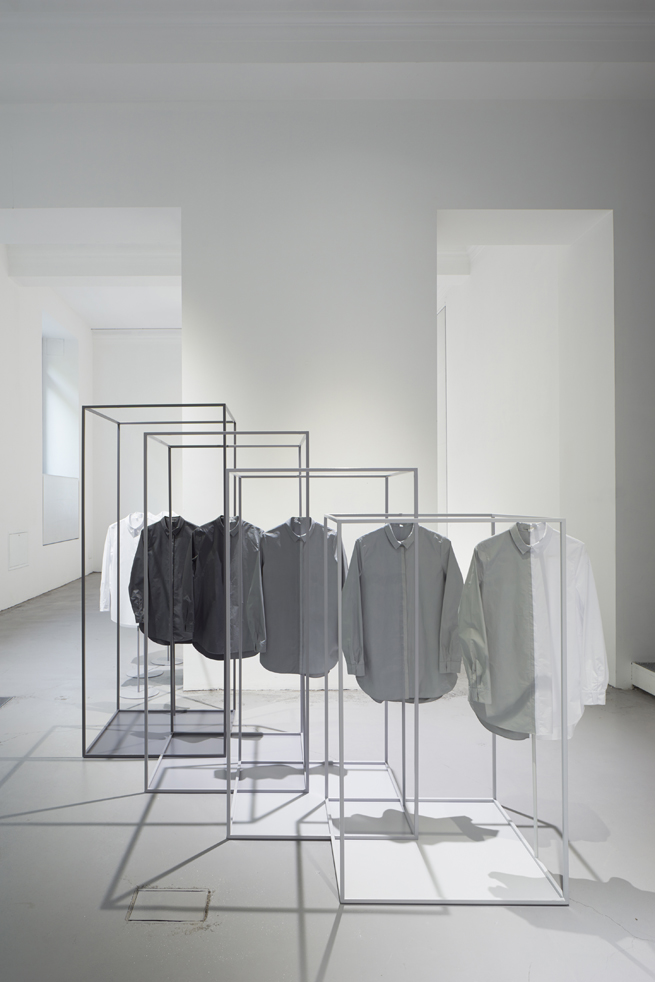 the-tree-mag_space-dipped-shirts-for-cos-by-nendo_160.jpg