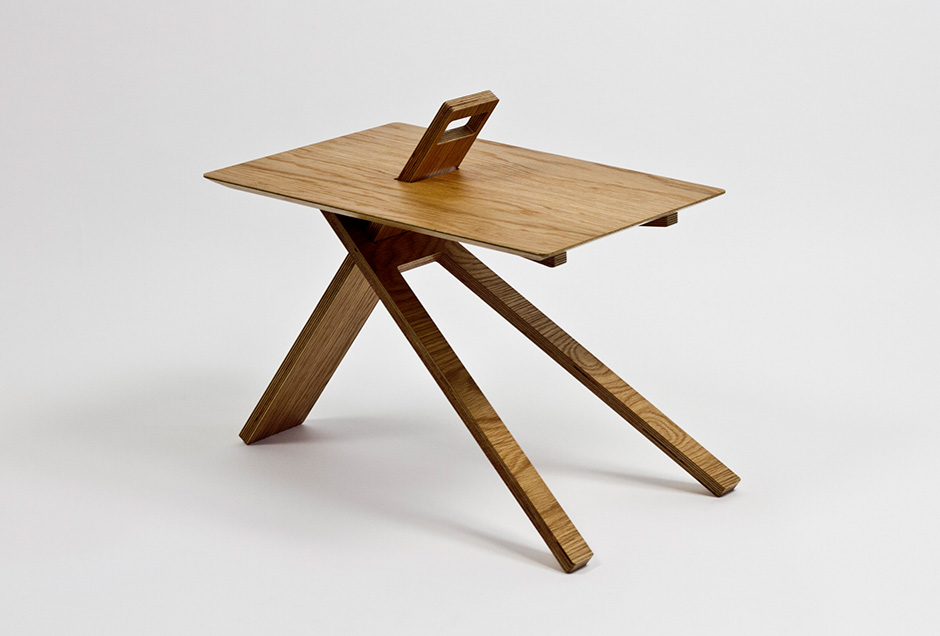 the-tree-mag_tripod-wood-side-table-by-noon-studio_20.jpg