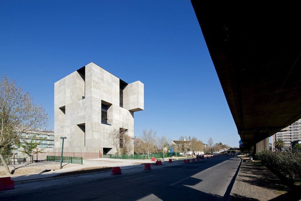 Innovation Center UC – Anacleto Angelini di Alejandro Aravena ELEMENTAL_the-tree-mag_05.jpg