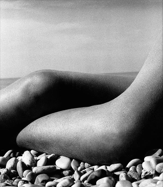 nude by bill brandt 50-Nude__Baie_des_Anges__1959_October.jpg