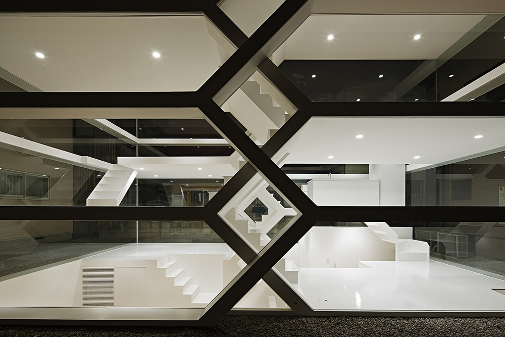 the-tree-mag-s-house-by-yuusuke-karasawa-architects-40.jpg