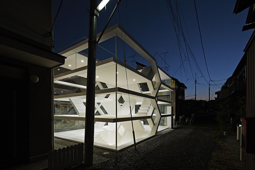 the-tree-mag-s-house-by-yuusuke-karasawa-architects-30.jpg