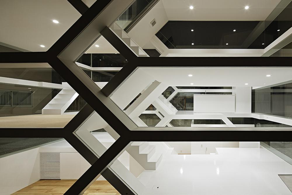 the-tree-mag-s-house-by-yuusuke-karasawa-architects-70.jpg