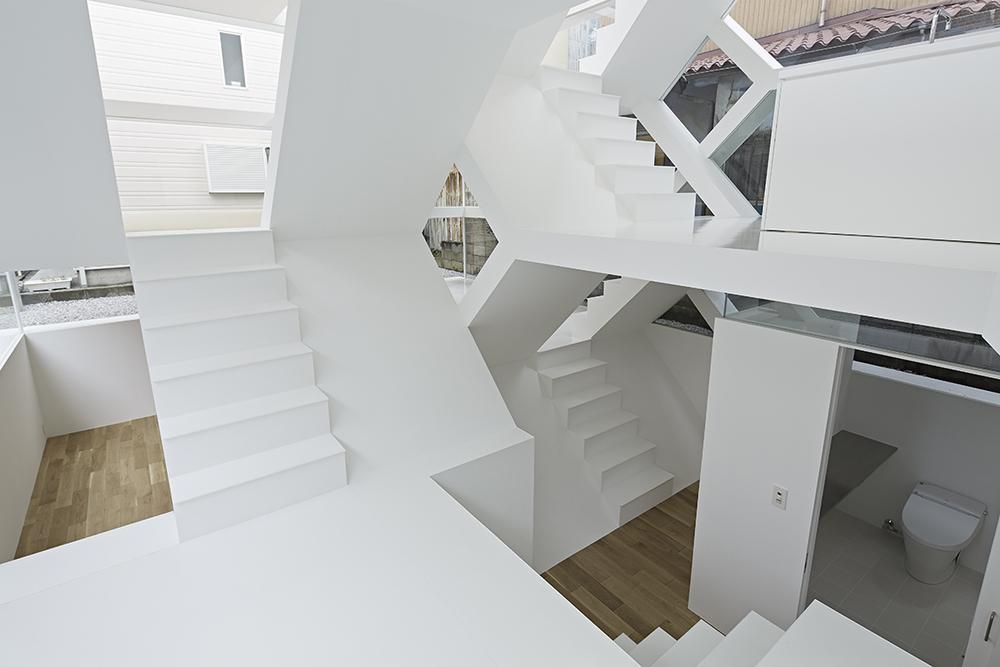 the-tree-mag-s-house-by-yuusuke-karasawa-architects-90.jpg