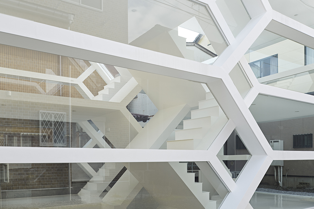 the-tree-mag-s-house-by-yuusuke-karasawa-architects-140.jpg