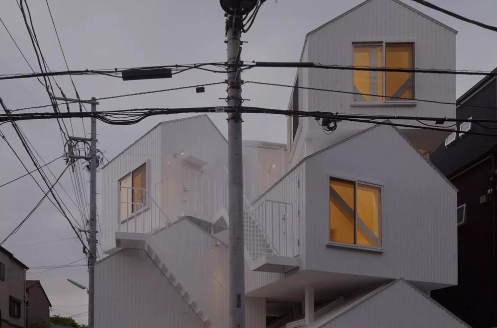 the-tree-mag-tokyo-apartment-by-sou-fujimoto-90.jpg