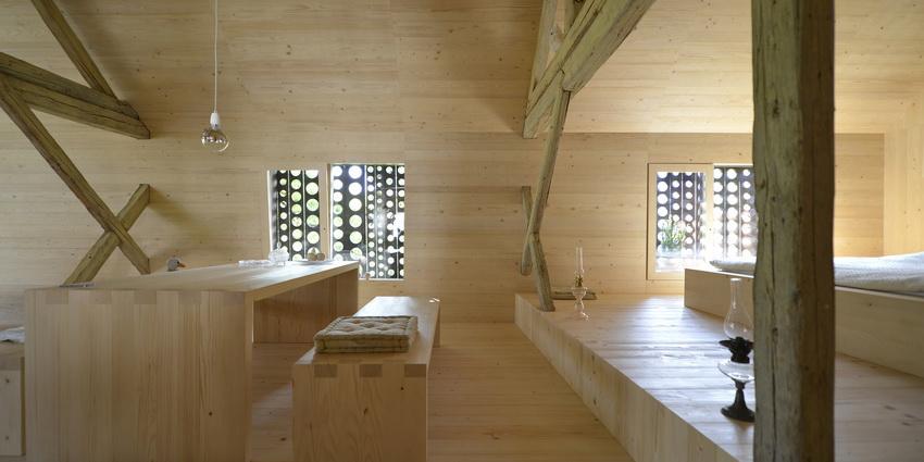 the-tree-mag-alpine-barn-apartment-by-ofis-arhitekti-190.jpg